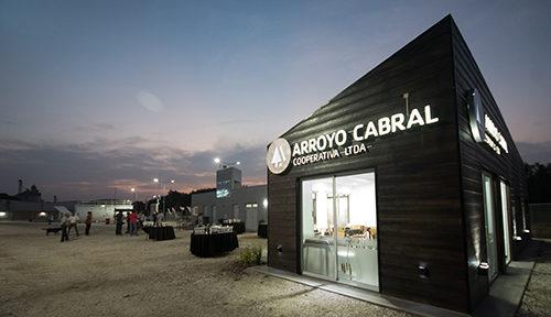 Se inauguró la nueva estación de servicios de la Cooperativa de Arroyo Cabral